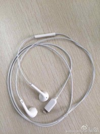 lightning-headphones-leak-720x720